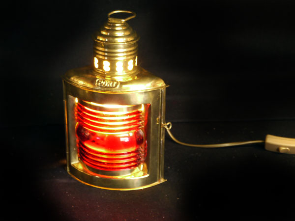 Lampe Metall gold - rotes Glas